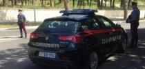 Maltrattamenti in famiglia, evade dai domiciliari ma viene bloccato dai Carabinieri