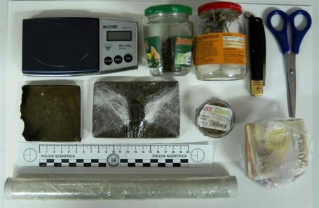 Policoro - sequestrato hashish (Medium)