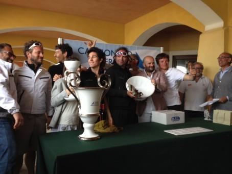 l'equipaggio di Karma-Delatasalotti vincitore del campionato