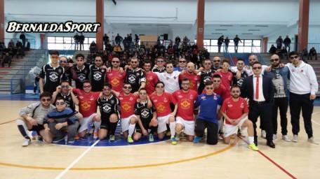 All Blacks e Bernalda Futsal insieme durante lo scorso campionato