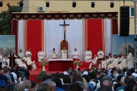 celebrazione ingresso vescovo