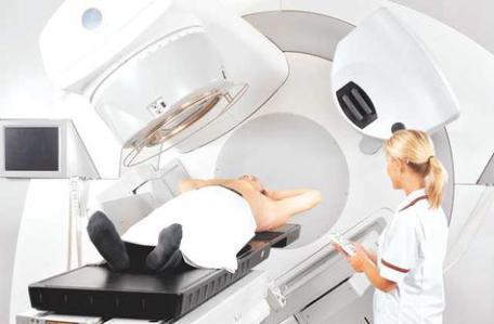 effetti-della-radioterapia-il-macchinario