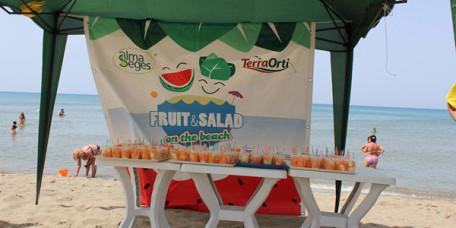 fruitSalad-onTheBeach