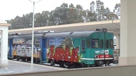 treno ferrovia metaponto