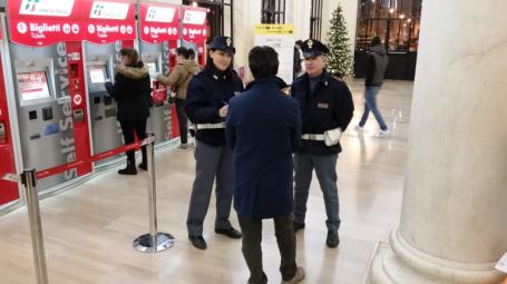 polizia ferroviaria bari
