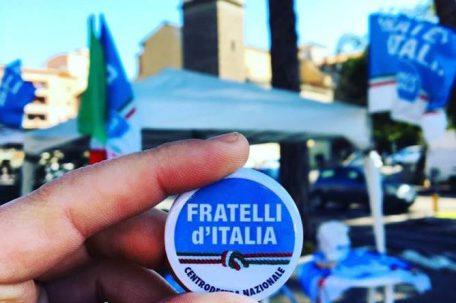 gazebo fratelli d'italia
