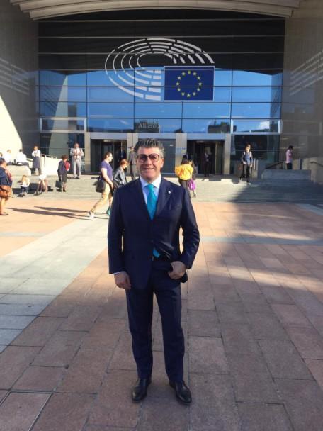 alfredo cestari a Parlamento Europeo