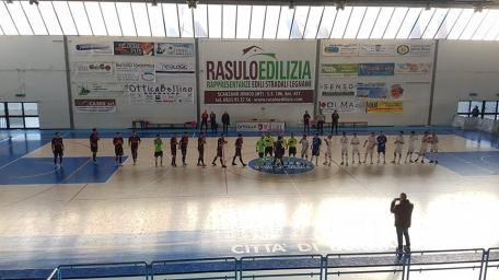 Bernalda Futsal-Real Team Matera foto