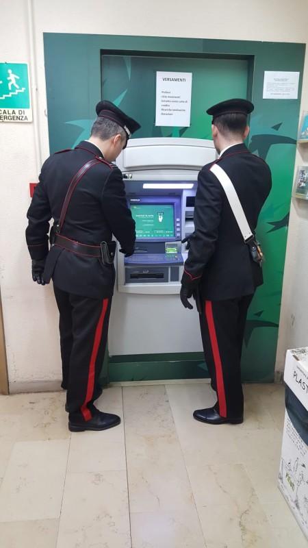 carabinieri bancomat