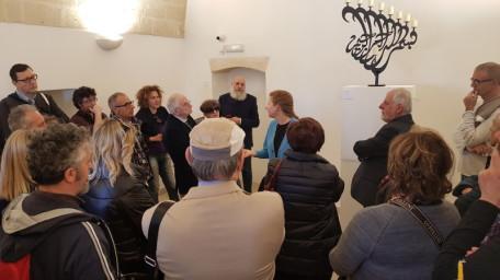 Inaugurazione Lumi di Chanukkah Daria Carmi illustra opera di Ali Hassoun 2