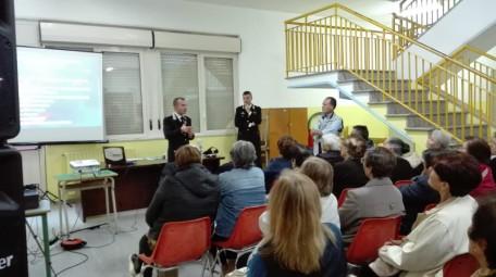 carabinieri incontro