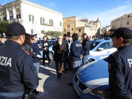 polizia piazza vittorio veneto matera