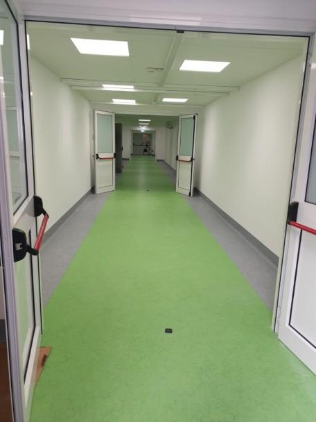 FOTO CORONAVIRUS 1 corridoio ospedale matera